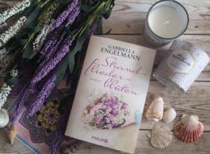 Strandfliederblueten von Gabriella Engelmann erschienen im Droemer Knaur Verlag