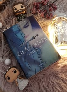 glaesernes Schwert von Victoria Aveyard - erschienen im Carlsen Verlag