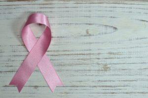 rosa Kinderkrebsschleife