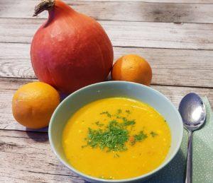 fruchtig waermender Vitaminbooster Kuerbis Orangensuppe Rezept