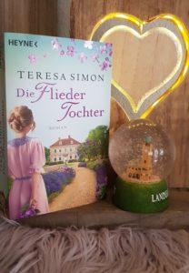 Rezension die Fliedertochter von Teresa Simon erschienen im Heyne Verlag